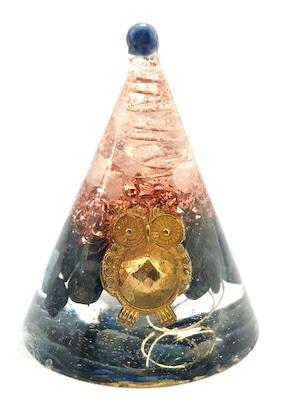 円錐型オルゴナイト【ラピスラズリ&天然水晶】トップにラピスラズリのポイント付き♫