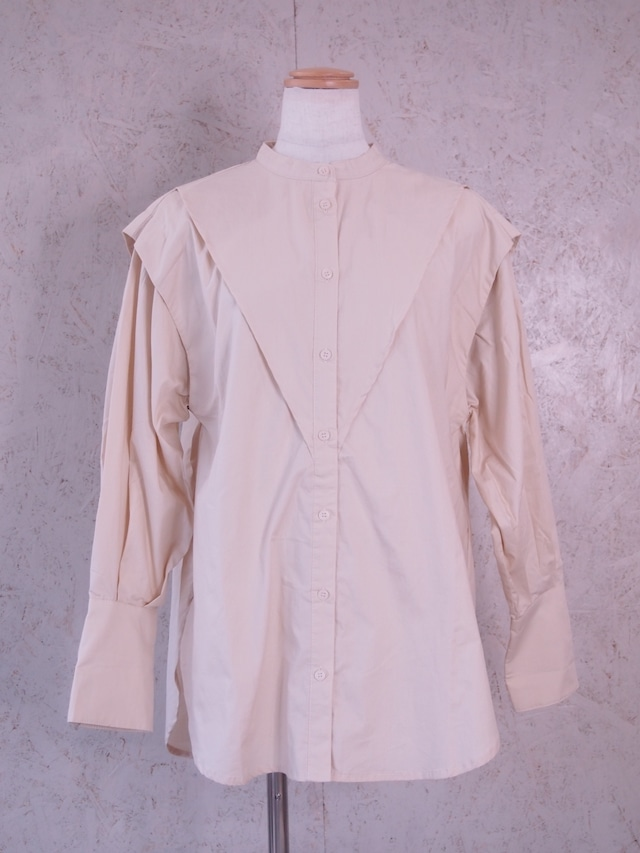 fly-yoke blouse