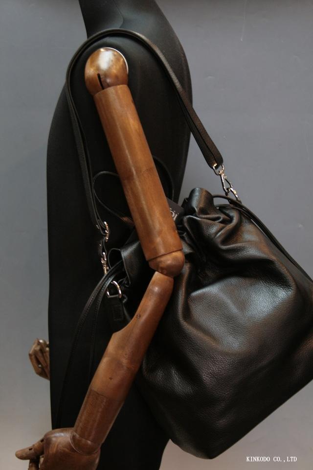 巾着型トートバッグ(黒)IO PELLE 革製 イタリー製