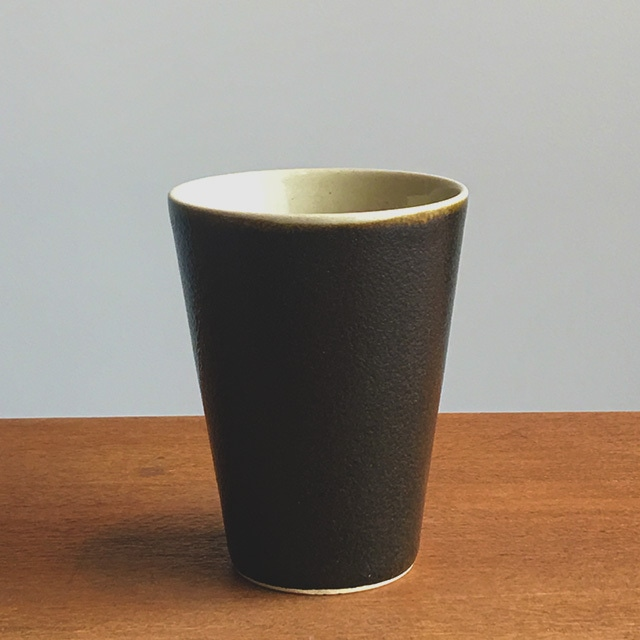 トチギマーケットオリジナル 益子焼フリーカップ ゆず肌黒釉