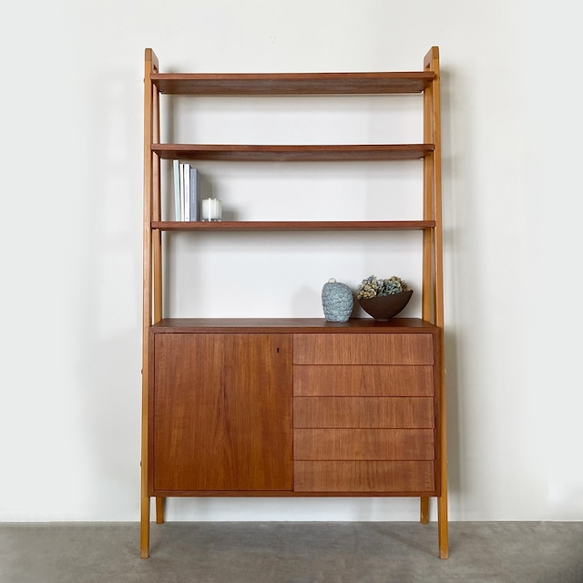 Open shelf with drawers / BS013  ** before repair **