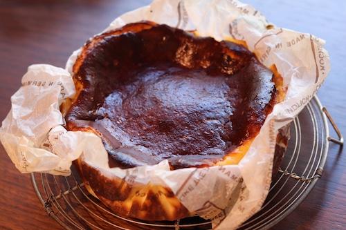 マノワのバスクチーズケーキ