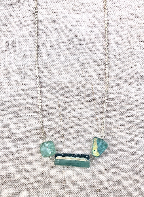 WOMEN'S ROMAN GLASS and SILVER NECKLACE