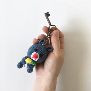 リスのあみぐるみキーホルダー Squirrel Amigurumi Keychain