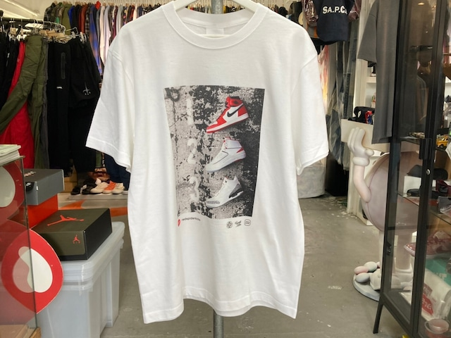 THE NETWORK BUSINESS × SNKRDUNK × RED SPIDER KICKS 2ND COLLABORATION WITH TNB PHOTO TEE MEDIUM WHITE 0123