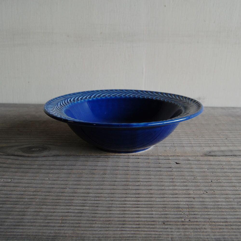 感器工房 波佐見焼 翔芳窯 ローズマリー リムボウル 皿 約18cm ブルー 332815