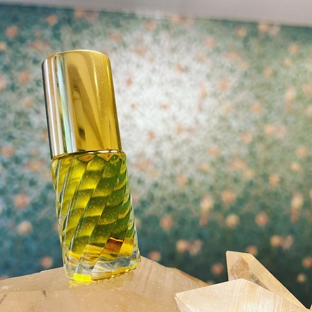 香油『LUNA』ホワイトターラ&カーム・チャロアイト(残り1個)