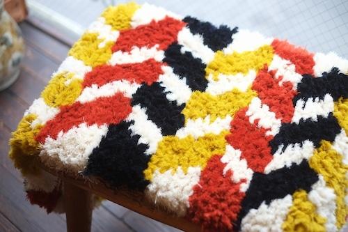 【佐藤さんのノッティング】 ー手織りの椅子敷きー   44.