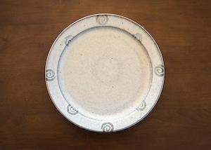 白マット釉 渦巻文皿 大皿 25cm プレート/石塚操
