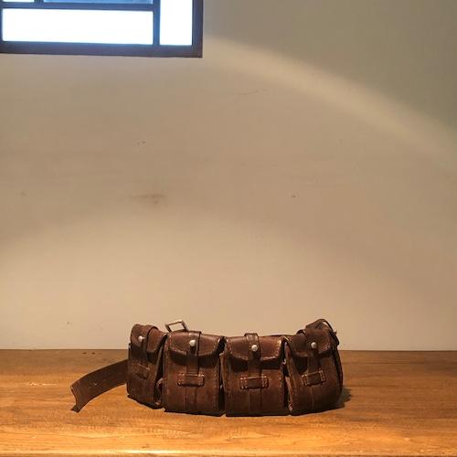 イギリス製の古いツールベルト