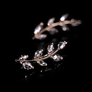 Diamond  ear climber / Leaf