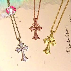 十字架クロスネックレス