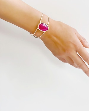 Pink chalcedony bangle  /  on the beach OBH-019