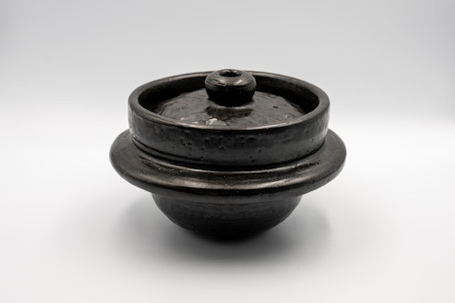 ◆受注生産◆  黒釉1.5合羽釜