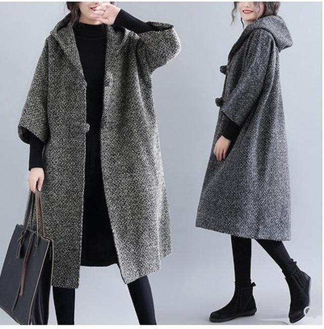 フード付き七分袖コート