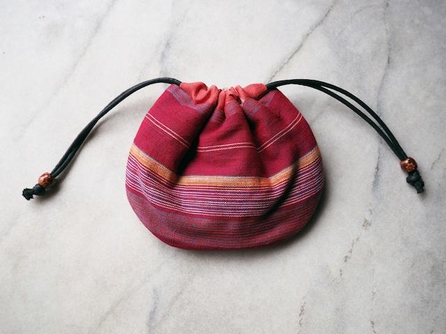 赤のボーダーがキュートな貝の巾着-綿着物地(古布)から