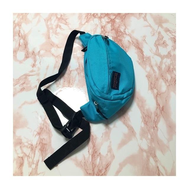 Jansports light blue body bag
