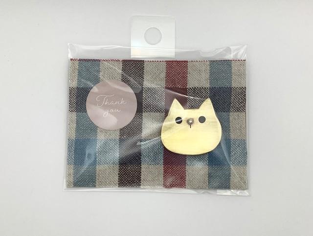 さんにん工房 あさかわ 猫ブローチ(ぱっちりおめめ)