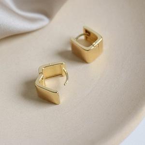Small square pieces(スモールスクエアピアス)   a-067