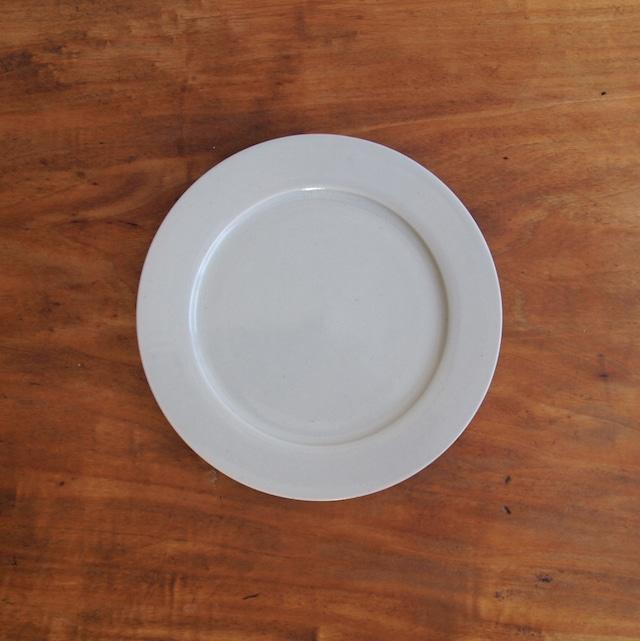 こいずみみゆき 6寸平皿 白
