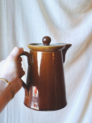 イギリス・ヴィンテージ 陶磁器のポット