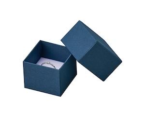 リング・ピアス・ペンダント兼用ミフタ式紙箱 正方形Sサイズ マット調エンボス紙 20個入り AR-REP216