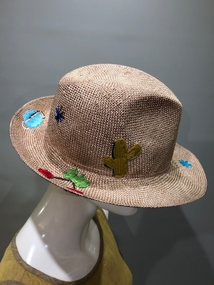 Exquisite J H454 Col.Tipo レーヨン刺繍入り帽子 イタリア製