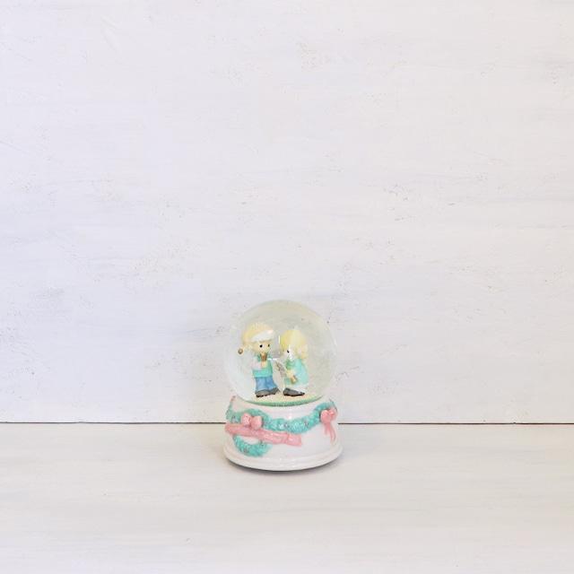 【B-67】レトロ プレシャスモーメンツ オルゴール付きスノードーム