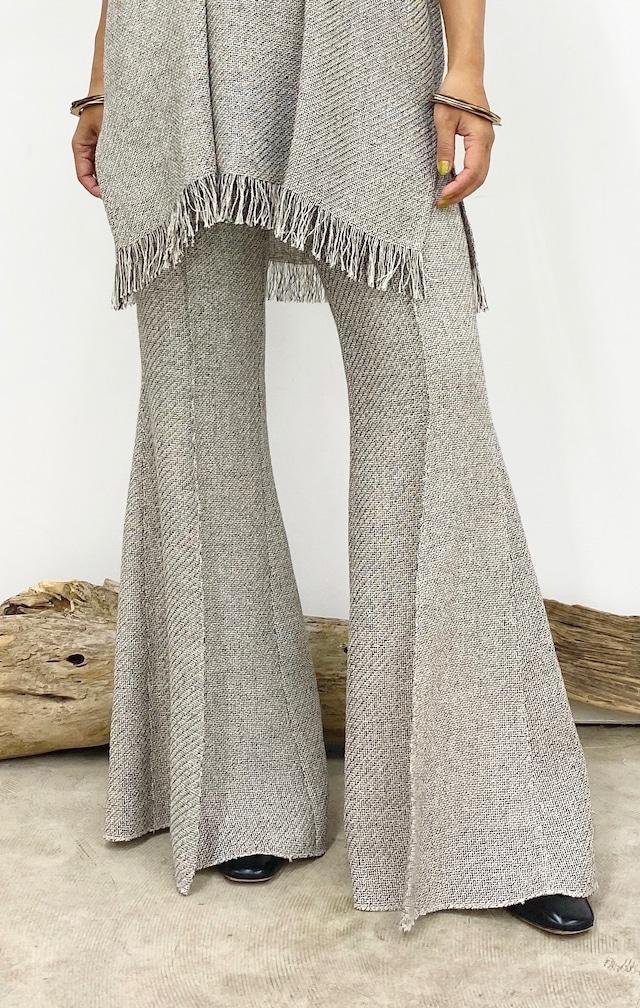 【2022 Spring 予約商品】LENO-CLOTH FLAIR TROUSERS ※表示価格はデポジットとして商品価格の30%のお値段です