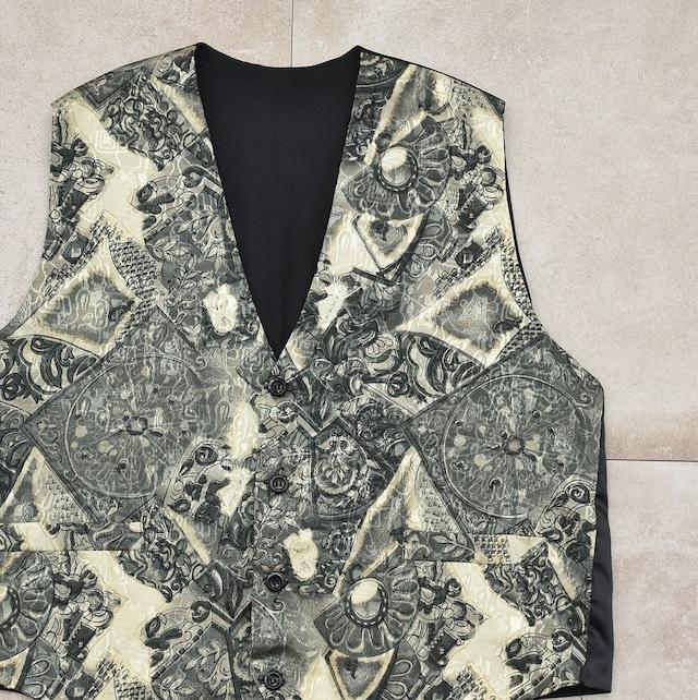Geometric jacquard & print design vest