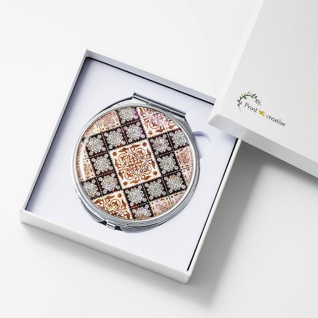 天然貝 コンパクトミラー(ブラウンパッチワーク・アラベスク) 螺鈿アート プレゼント・ギフトにおすすめ