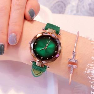 絶対欲しい おしゃれ 星空 シンプル マグネットベルト 5色 レディース 腕時計 <ins-2061>