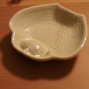 <倉敷意匠>ふくら雀の陽刻豆皿