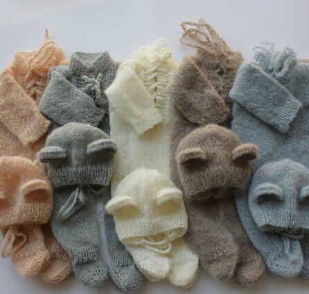 winterクマさんの足つきロンパース&帽子セット