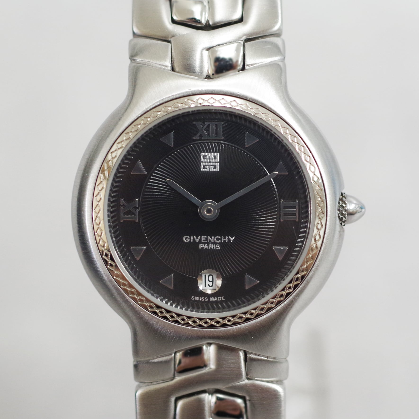 GIVENCHY ジバンシィ VERRAZANO REG.MODEL クォーツ SS ブラック文字盤 腕時計 レディース