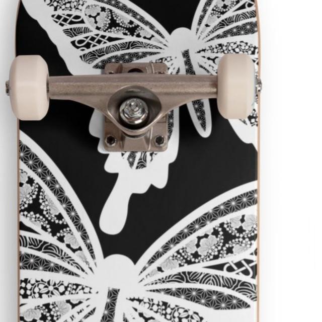 ホワイトバタフライ スケートボードコンプリートセット CCS