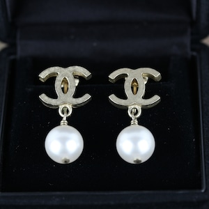 .CHANEL 07A COCO MARC SWING PEARL EAR CLIPS MADE IN ITALY/シャネルココマークスウィングパールイヤリング 2000000041605