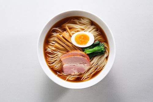 秘伝しょうゆラーメン × 4食の商品画像2