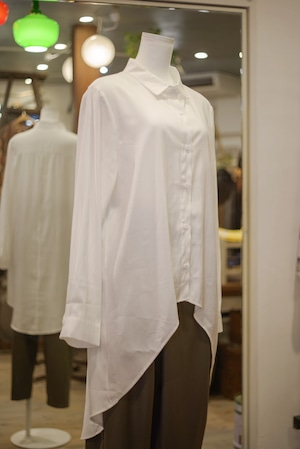 Ladies'  / long sleeves SHIRT with curved hem