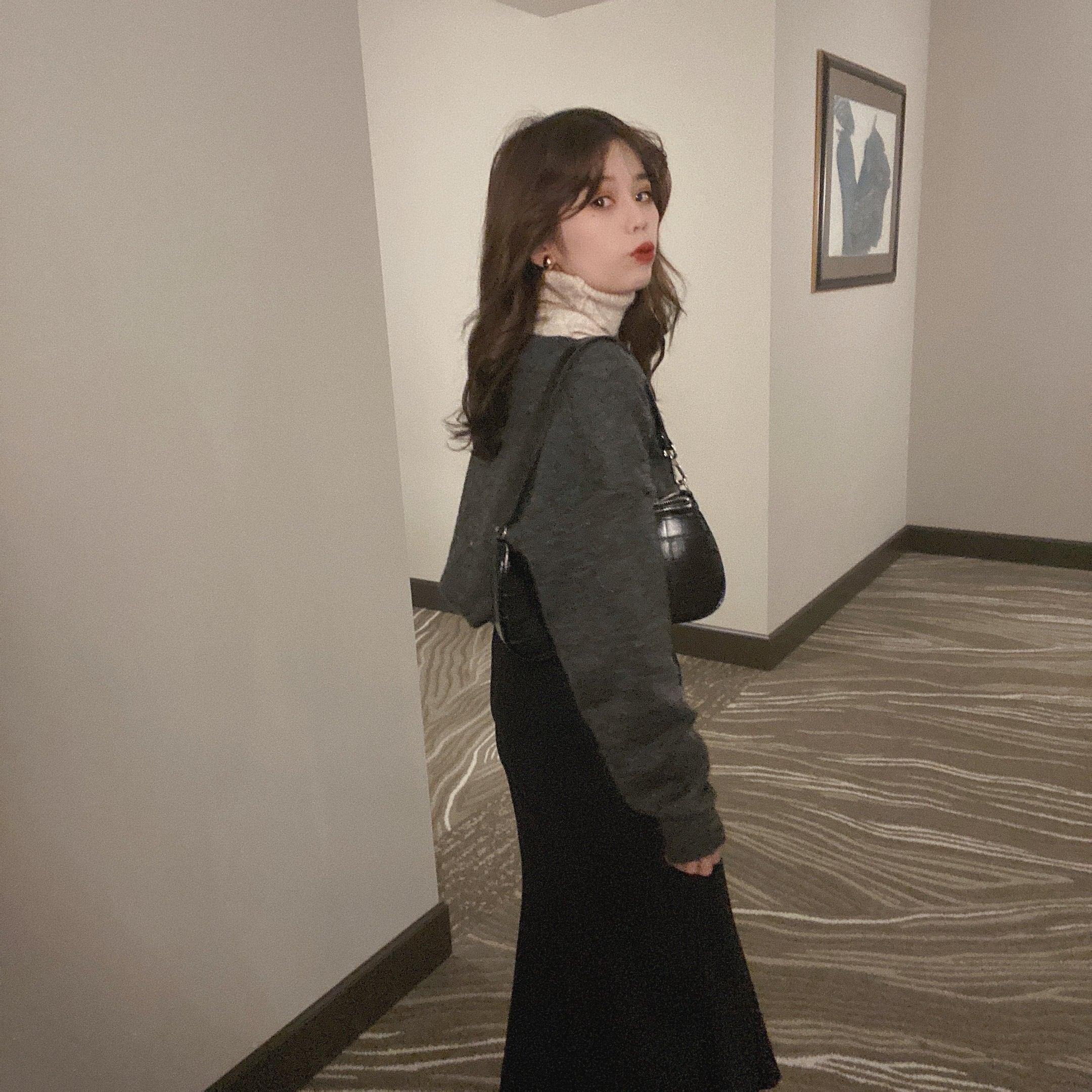 DAYNYC mermaid skirt (black)