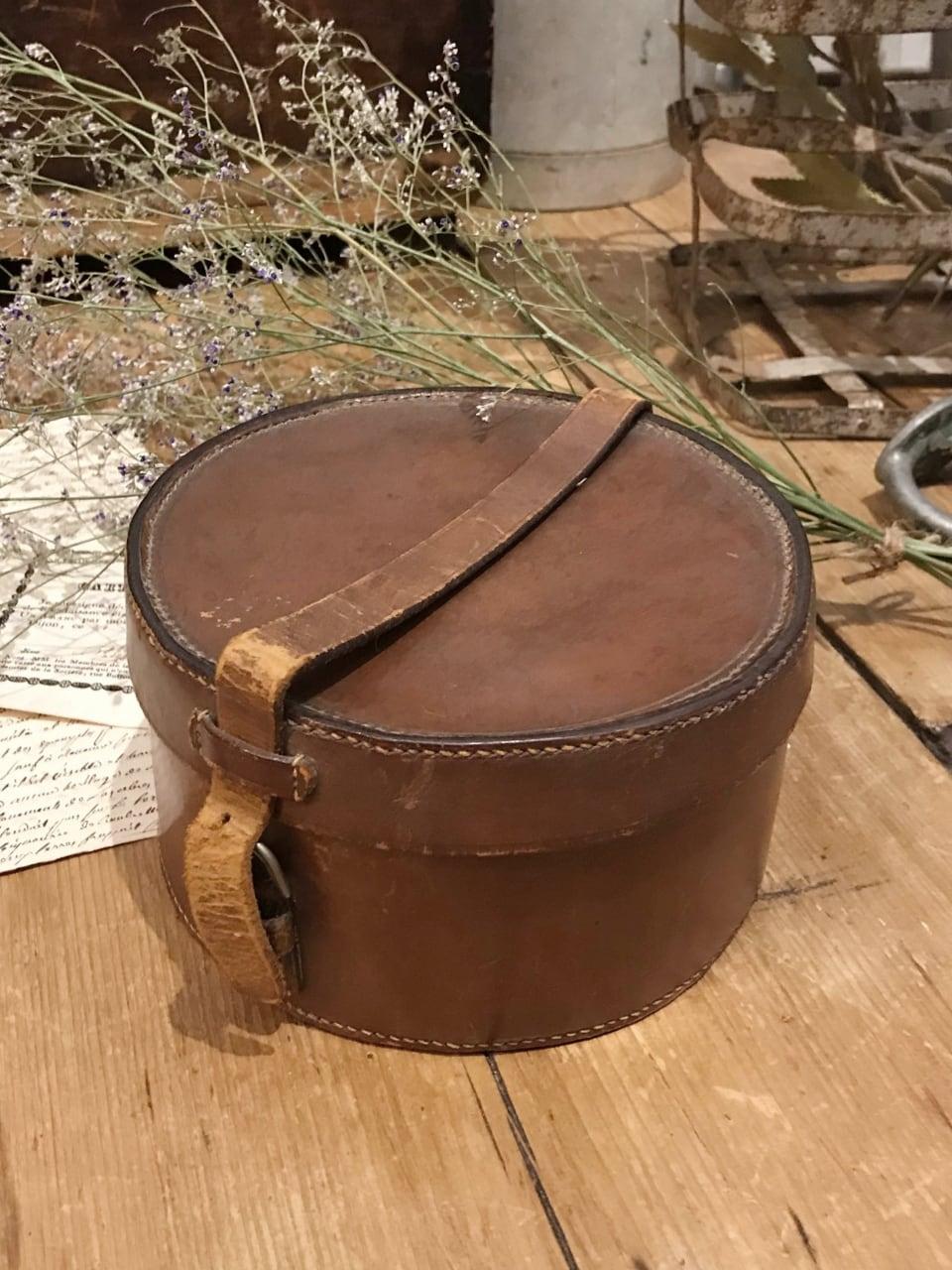 フランス オーバル レザーボックス 丸形 革