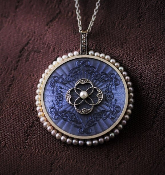 Blue Guilloche Enamel,Diamond & Pearl Pendant  ギヨッシェ・エナメル、ダイヤモンド  & パール ペンダント
