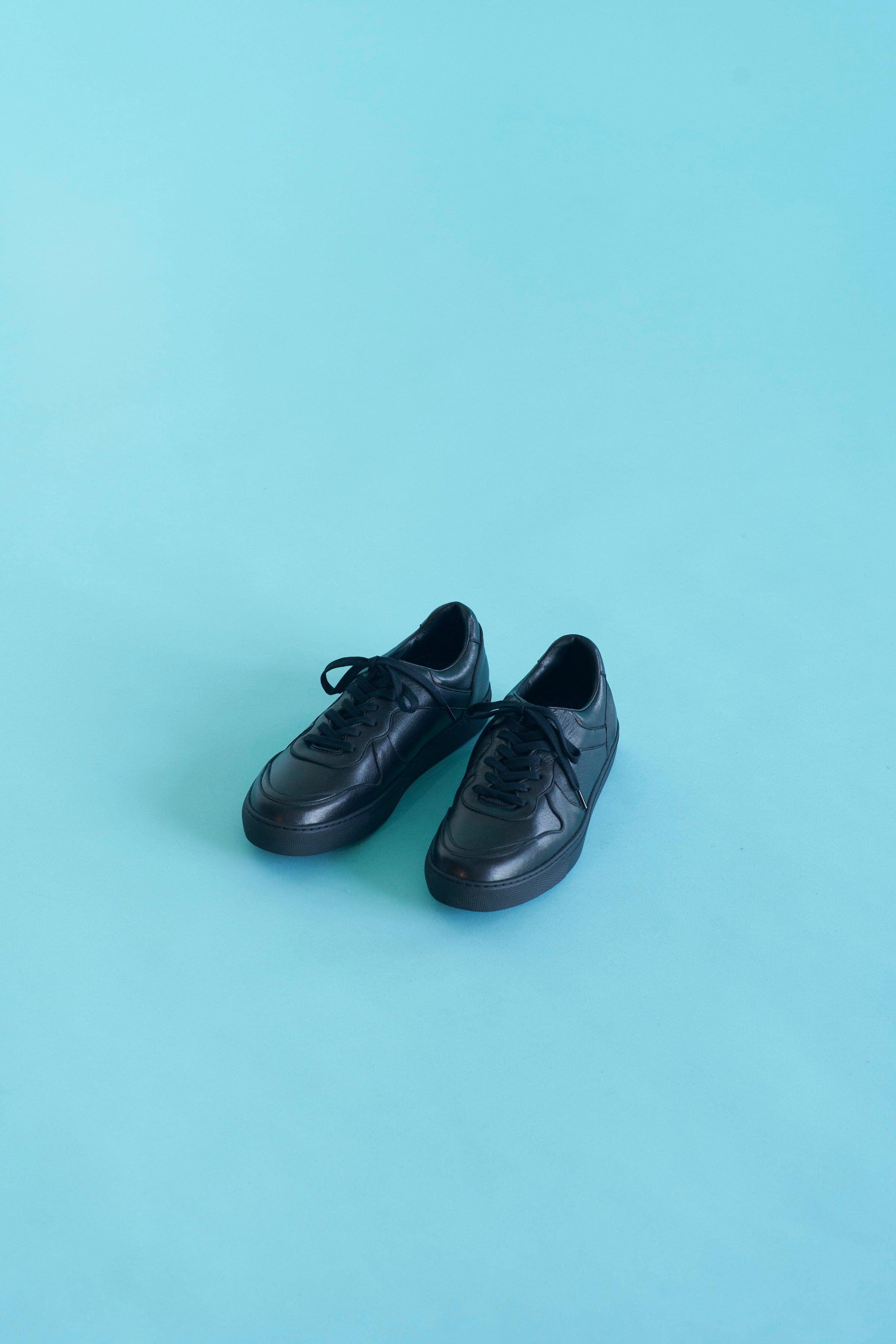 YOAK sneaker