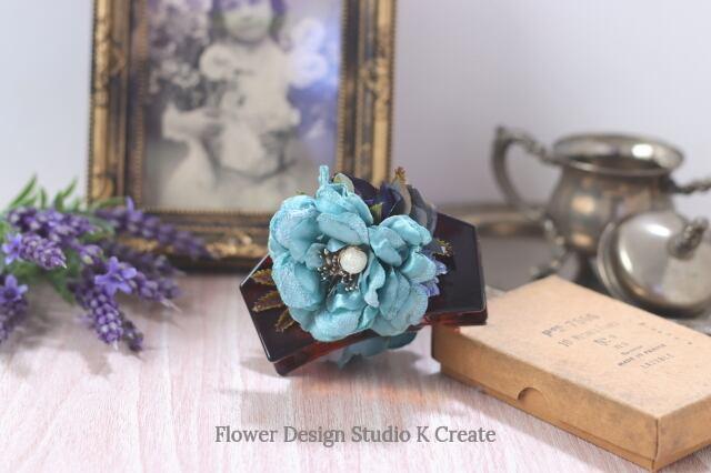 ブルーグリンの薔薇の五角形バンスクリップ 髪飾り ヘアクリップ 結婚式 参列 フォーマル ブルー お出掛け