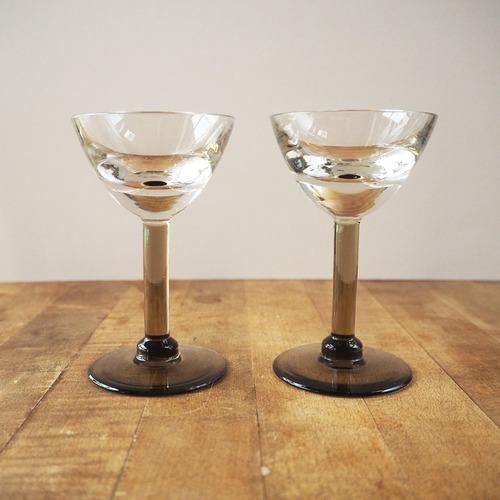トロンプルイユのグラス