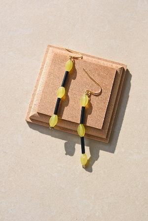 ピアス: Glass beads &レモンジェイド 「ミモザの花束をもらった」