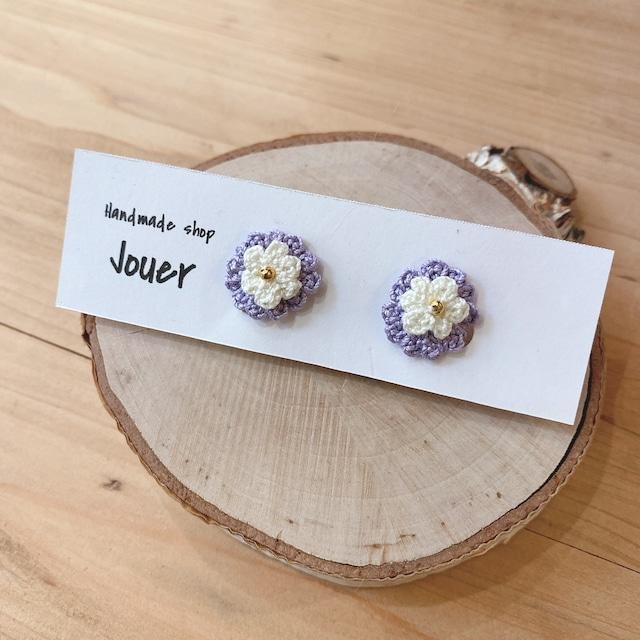 手縫いレースの小花イヤリング パープル