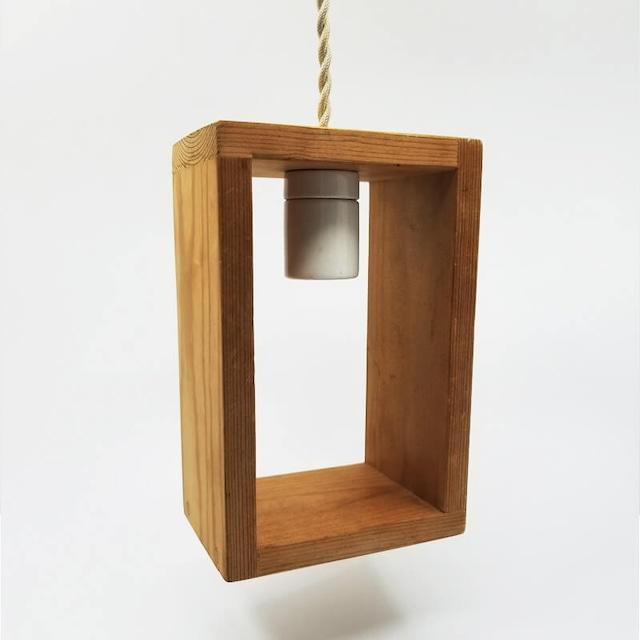 長方形の木製ペンダントライト