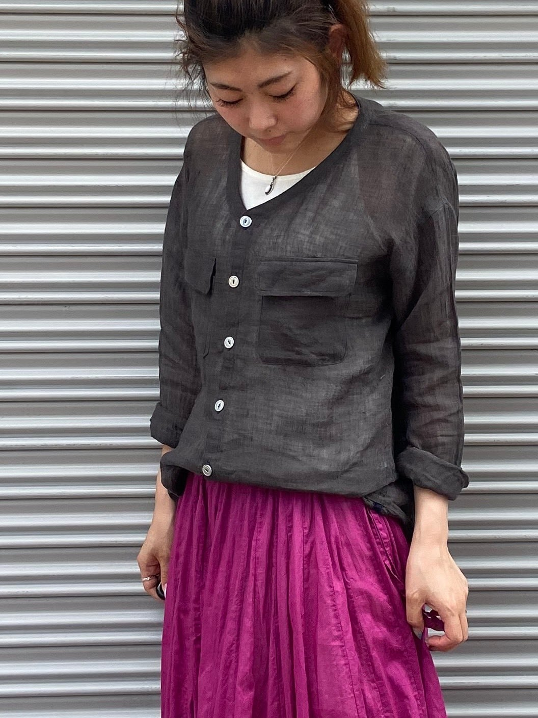 【ONEWASH】リネンVネックシャツ