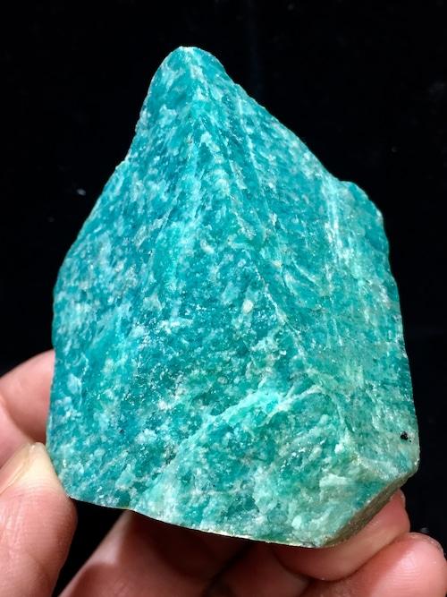 3) ロシアン・アマゾナイト原石